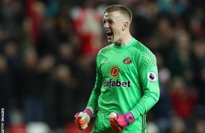 Sunderland goalkeeper Jordan Pickford out for at least six weeks