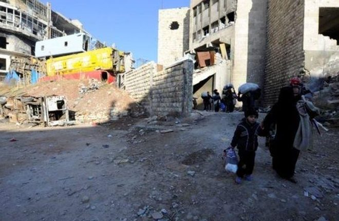 Aleppo battle: UN says hundreds of men missing