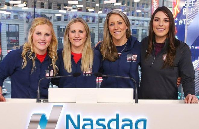 Tennis great King backs US women's ice hockey team's equal pay stand