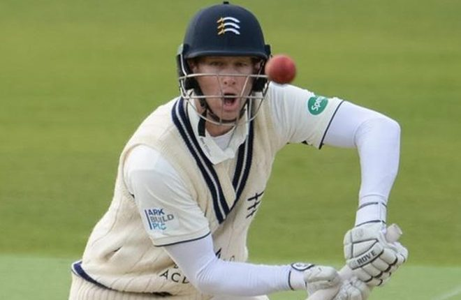 Hampshire v Middlesex: Adam Voges guides champions to draw at the Ageas Bowl