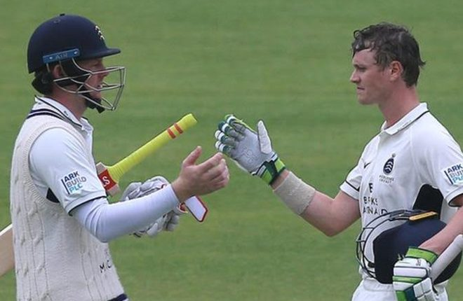 Middlesex v Essex: Sam Robson and Nick Gubbins hit centuries as hosts dominate