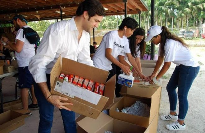 Venezuelans in Florida Send Tons of Supplies to Protesters Back Home