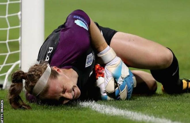 Women's Euro 2017: Karen Bardsley misses rest of tournament with broken leg