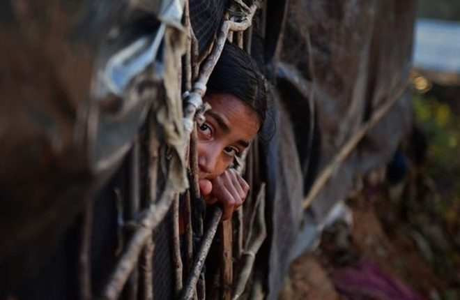 Myanmar Rohingya crisis: Deal to allow return of Muslim refugees