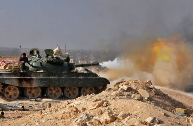 Deir al-Zour: Syrian army retakes IS-held city as Iraqis also advance