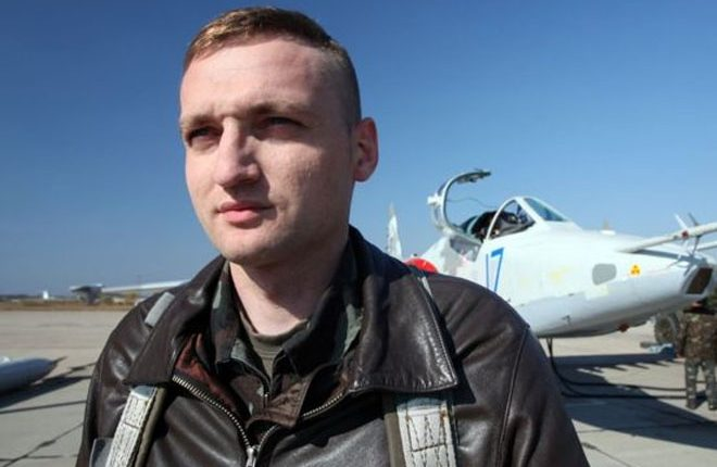 MH17 crash: Ukraine pilot blamed by Russia 'kills himself'