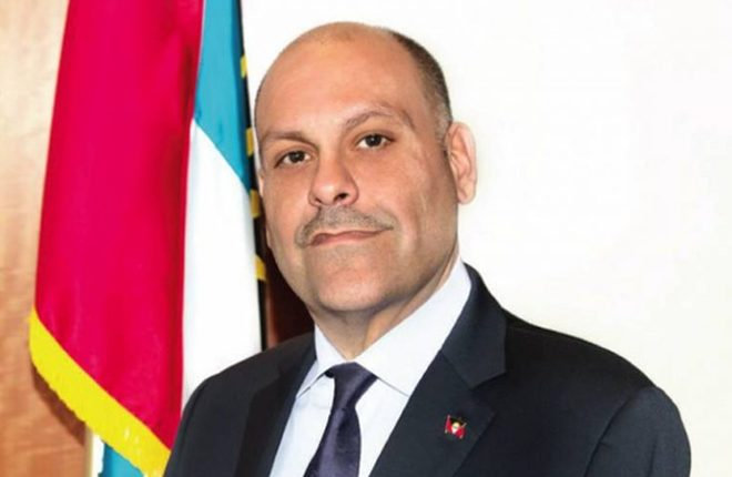 Antigua-Barbuda minister taking legal action against online bloggers for defamation