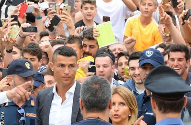 Cristiano Ronaldo: New Juventus signing says players his age go to Qatar or China