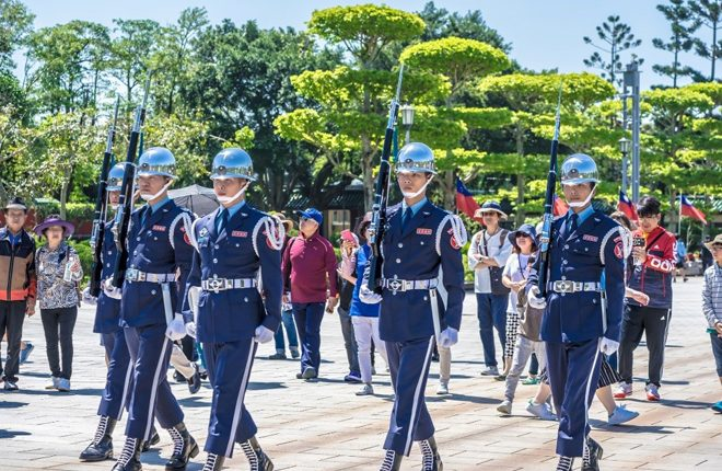 Taiwan Honour Guards Rehearse Ahead of 35th Independence Day Parade Performance